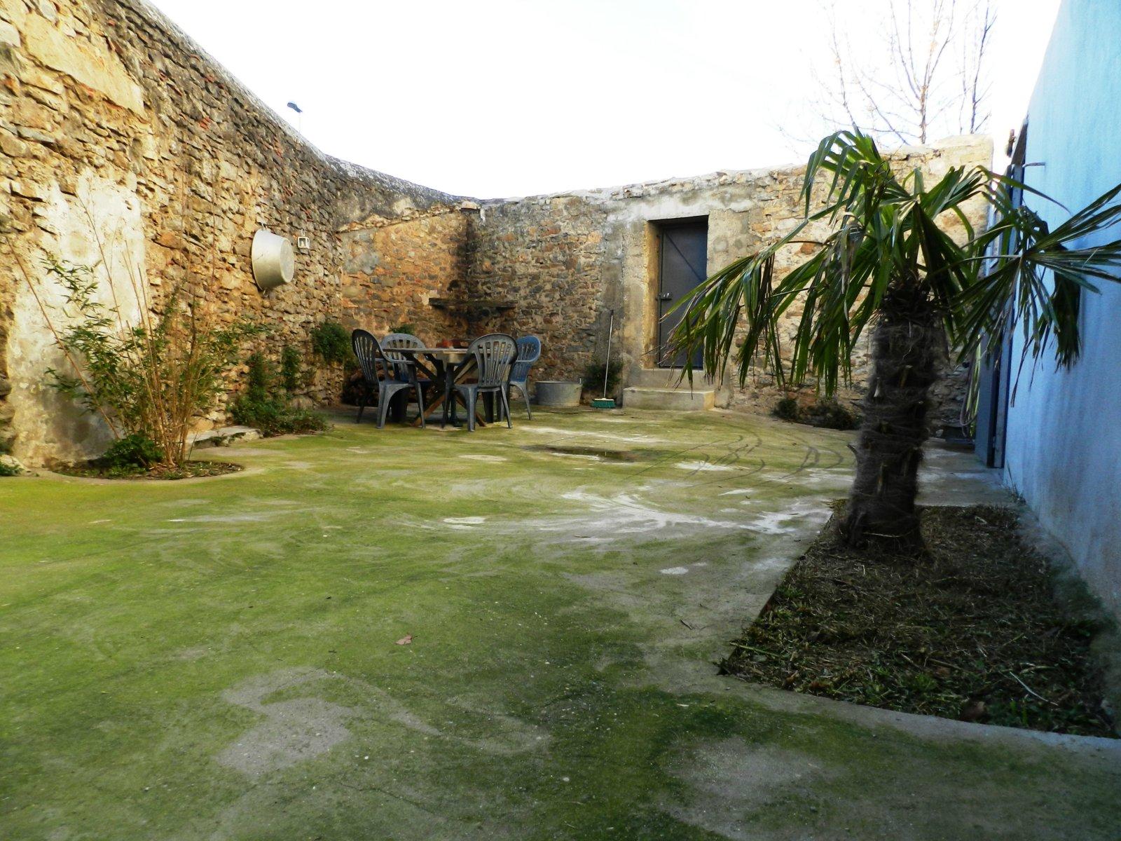 Maison en pierre à Carcassonne