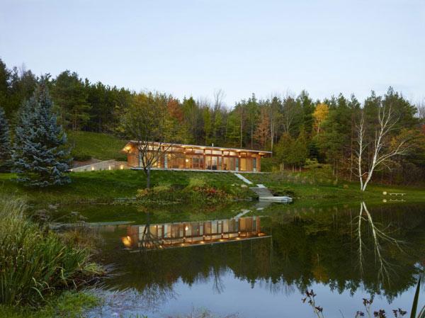 +HOUSE, Ontario, Canada