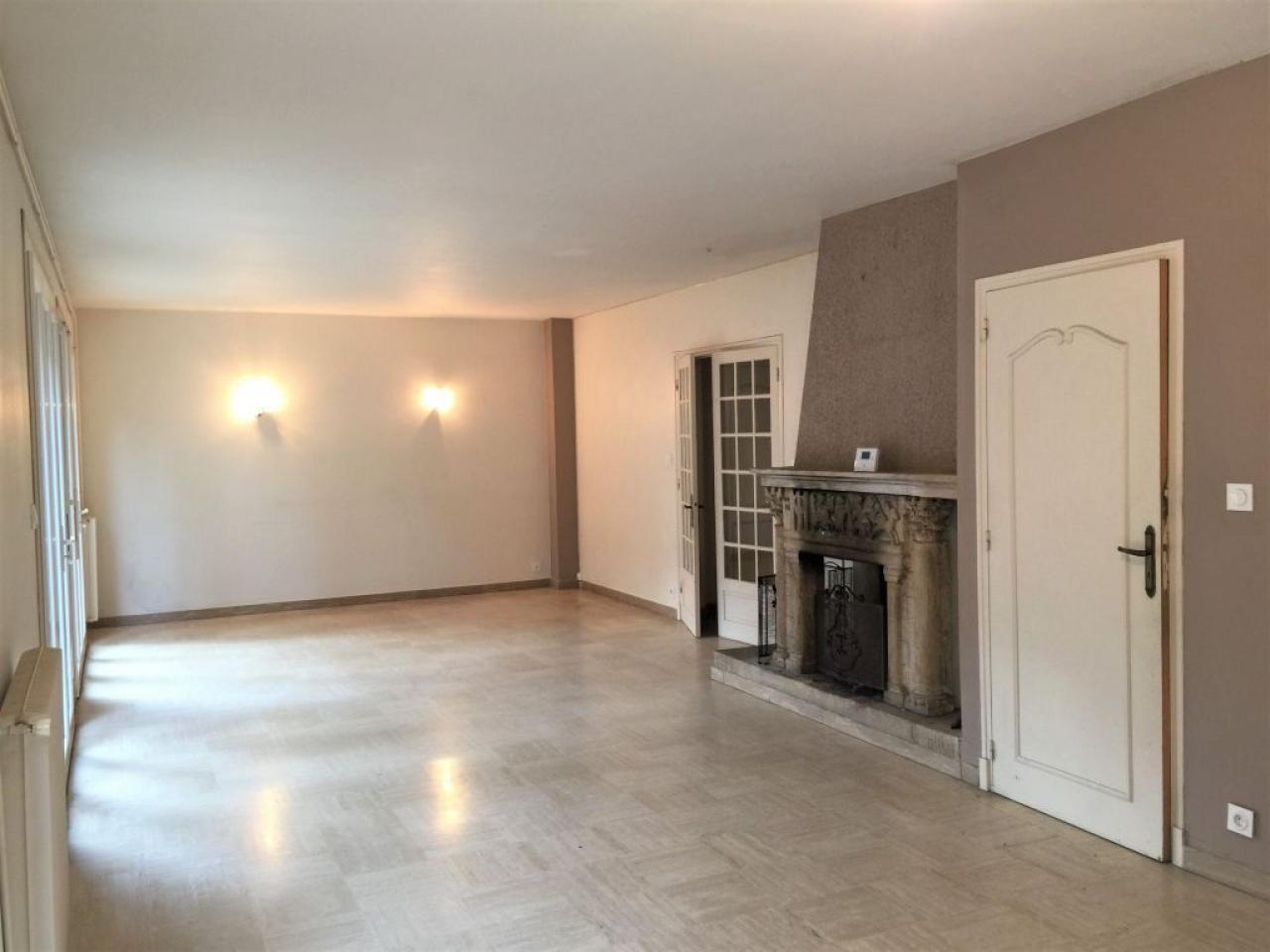 House  | 160 000 €