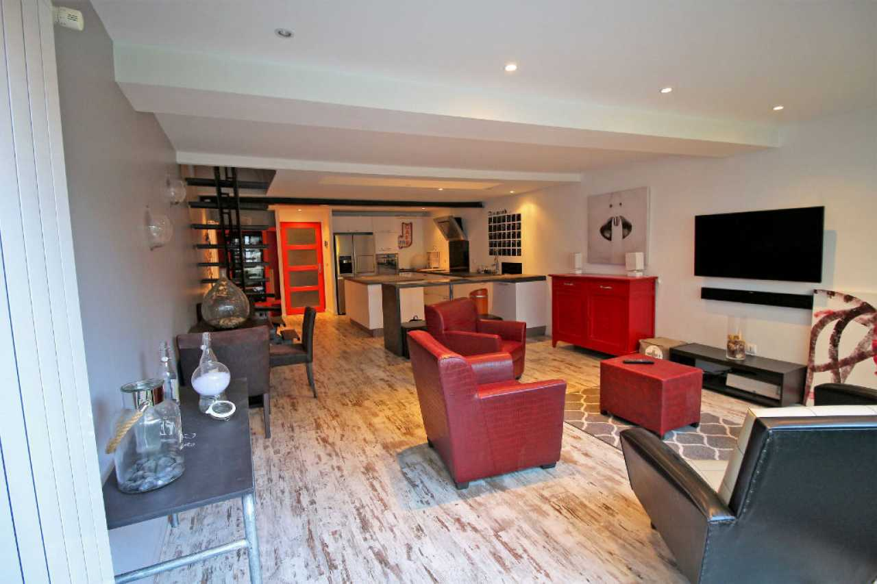 House  | 249 000 €
