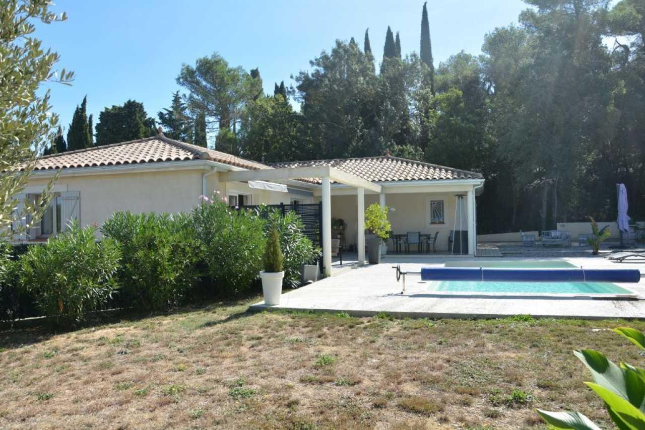 House  | 329 900 €