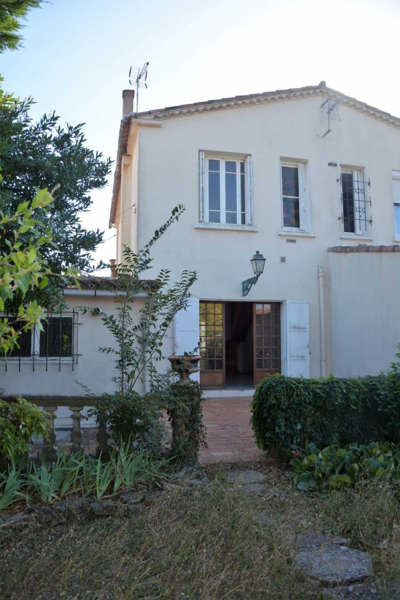 House CARCASSONNE | 123 000 €