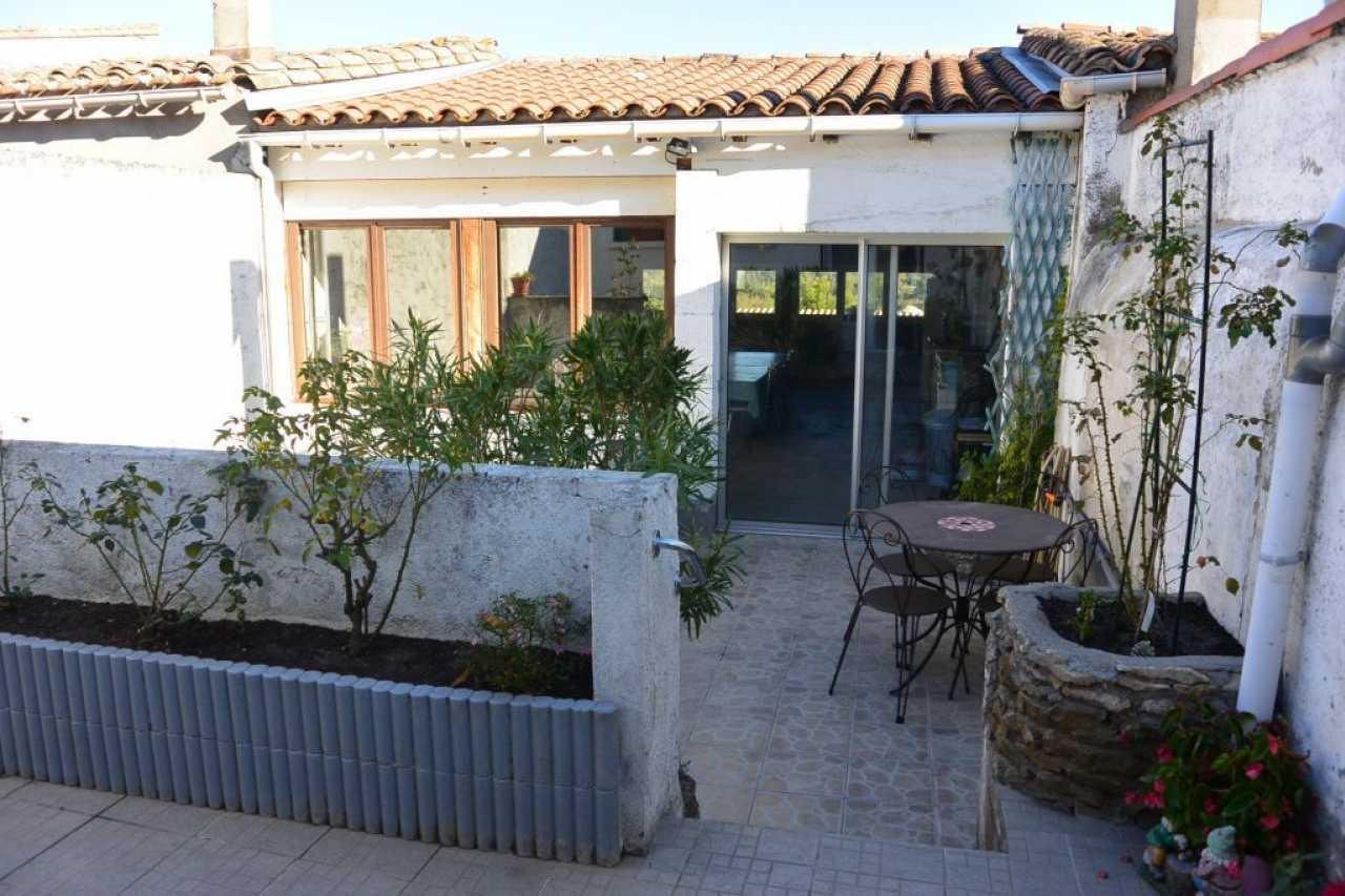 House  | 146 590 €