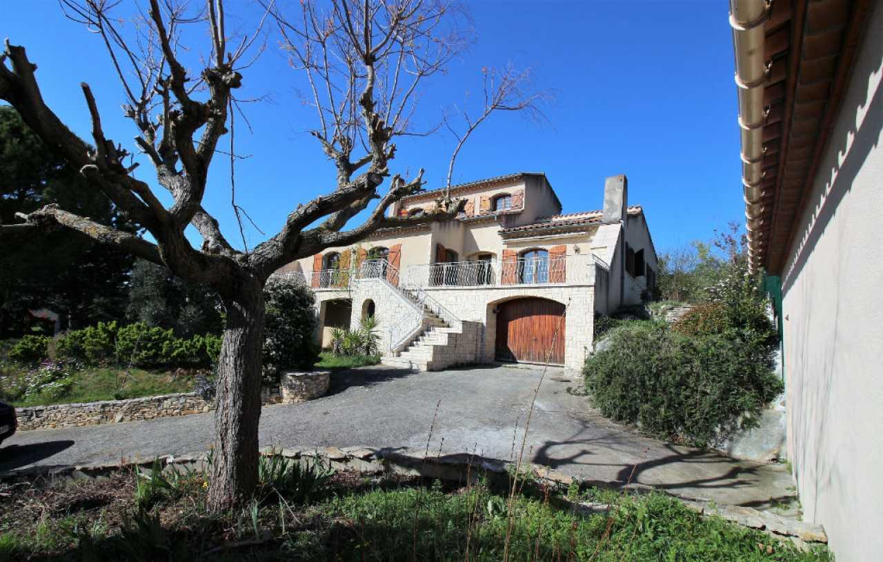 House  | 239 000 €