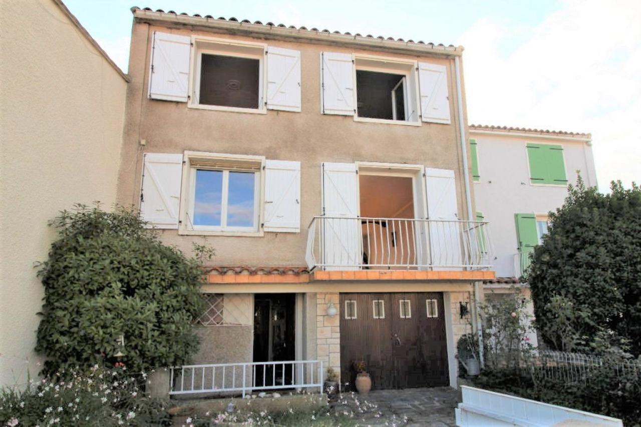 House  | 105 000 €