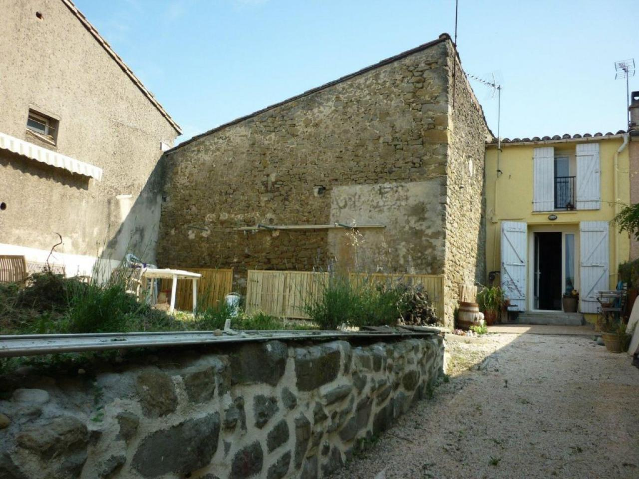 House CARCASSONNAIS   530 € / month