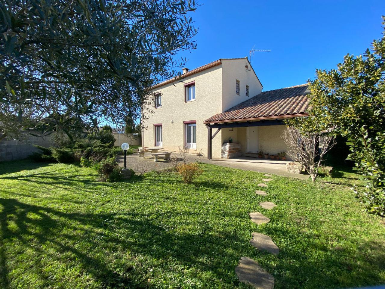House  | 245 000 €