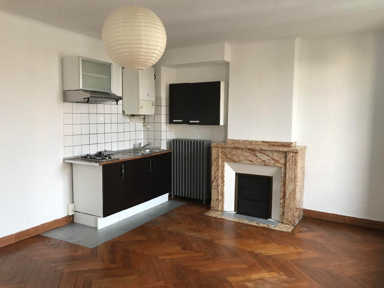 Apartment CARCASSONNE | 360 € / month