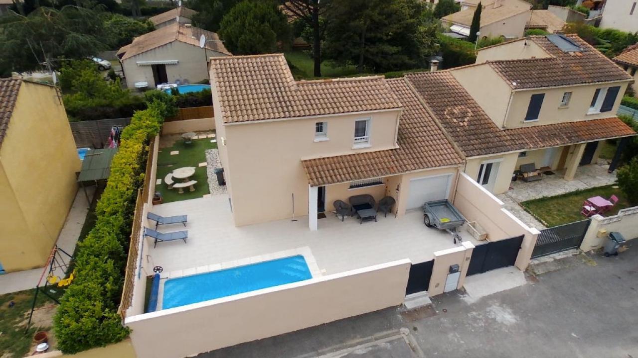 House  | 195 000 €