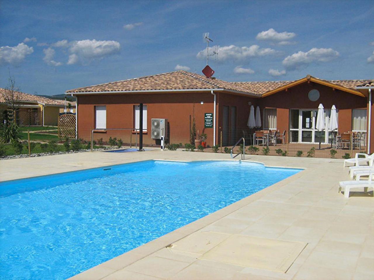 House  | 100 000 €