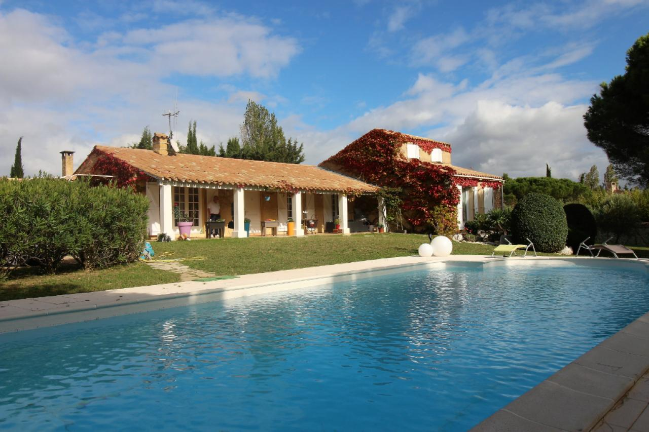 House  | 400 000 €