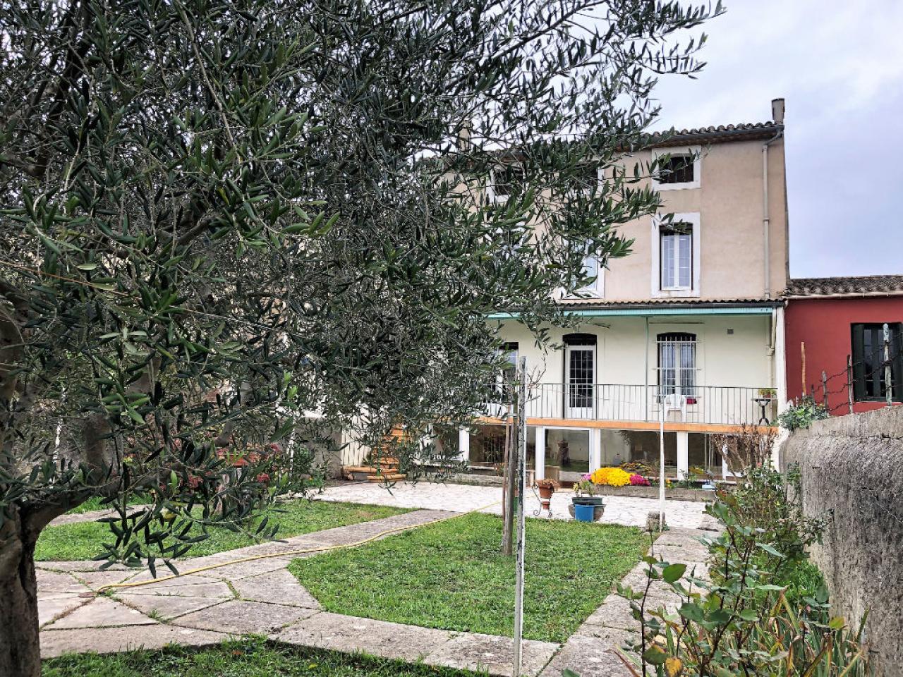 House  | 350 000 €