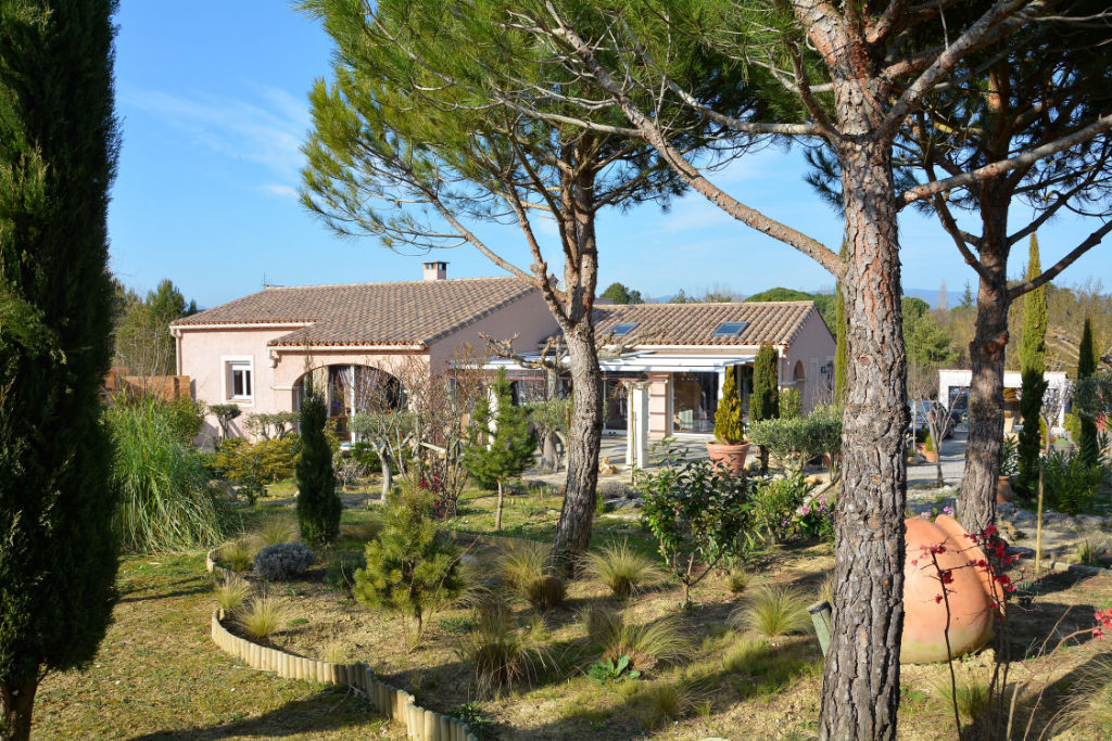 House  | 319 000 €