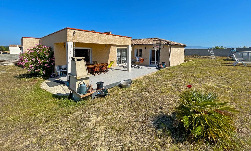 House  | 235 000 €