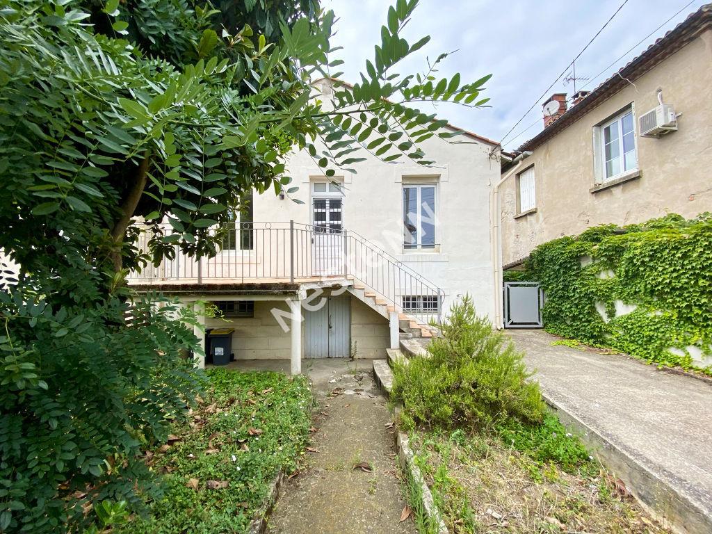 House  | 145 000 €
