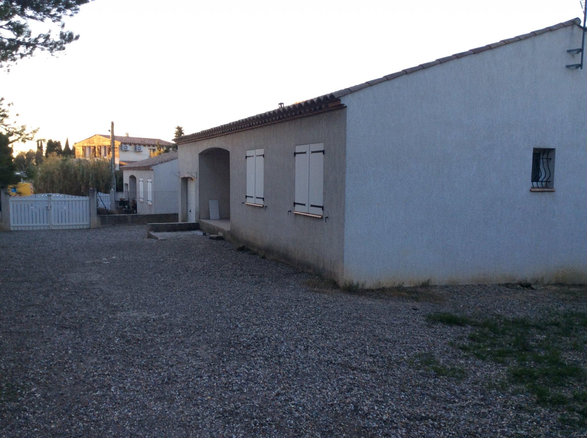 Maison louer hameau carcassonnais vue degagee for Agence immobiliere maison a louer