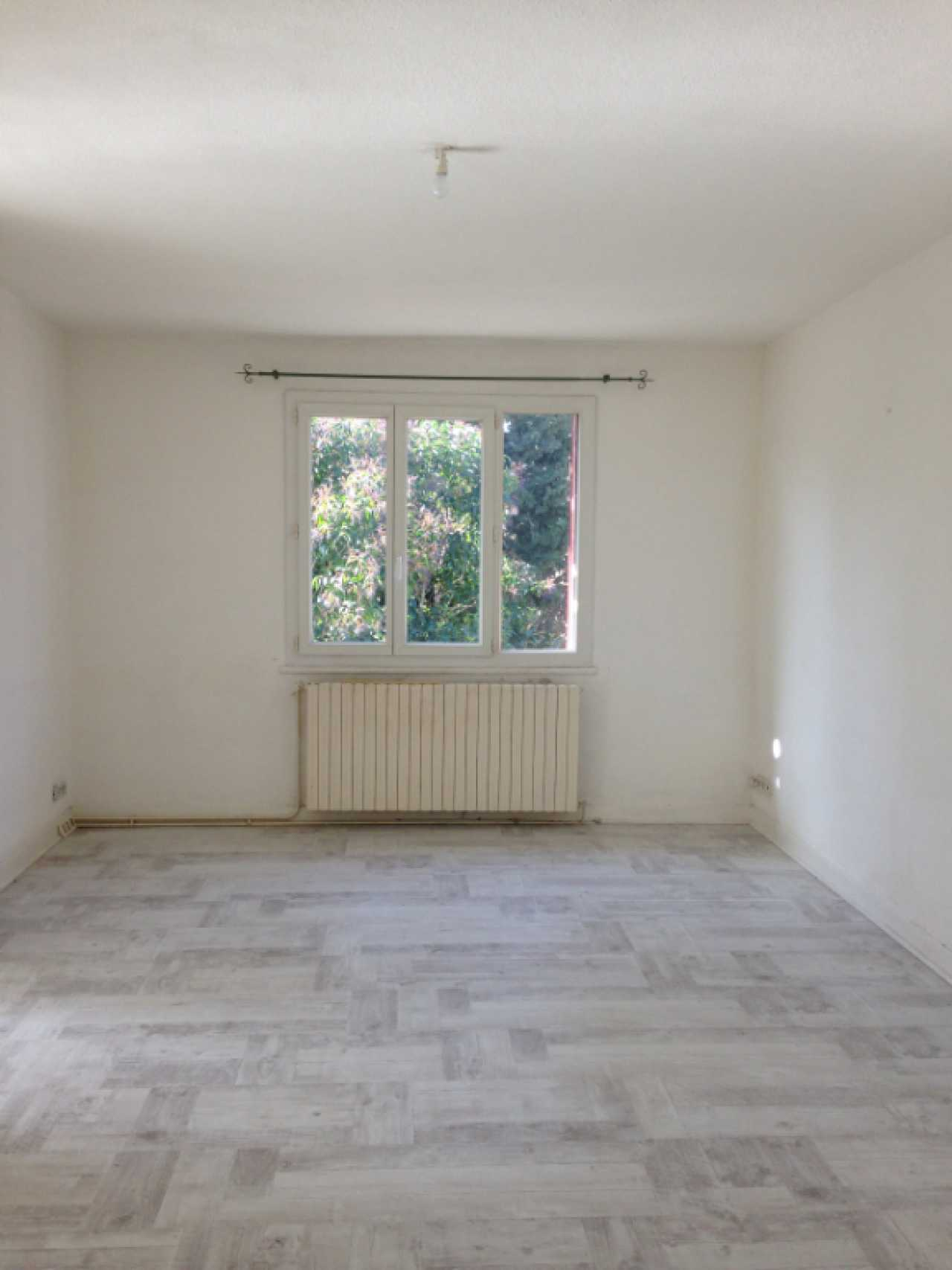 Apartment CARCASSONNE | 360 € / month