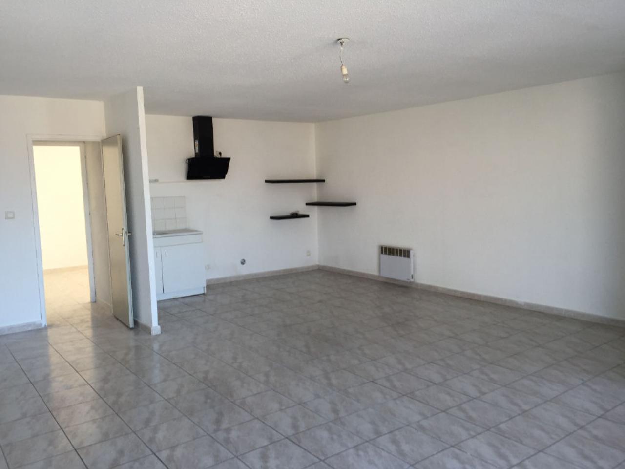 Apartment CARCASSONNE | 427 € / month