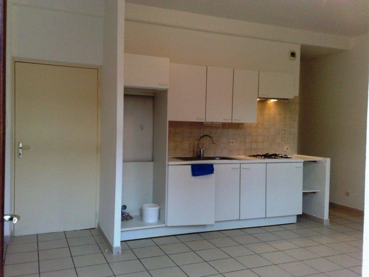 Apartment CARCASSONNE | 415 € / month