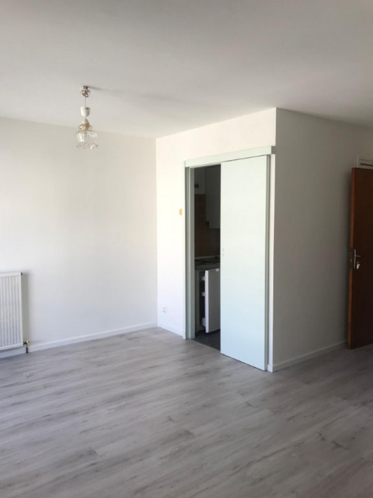 Apartment CARCASSONNE | 280 € / month
