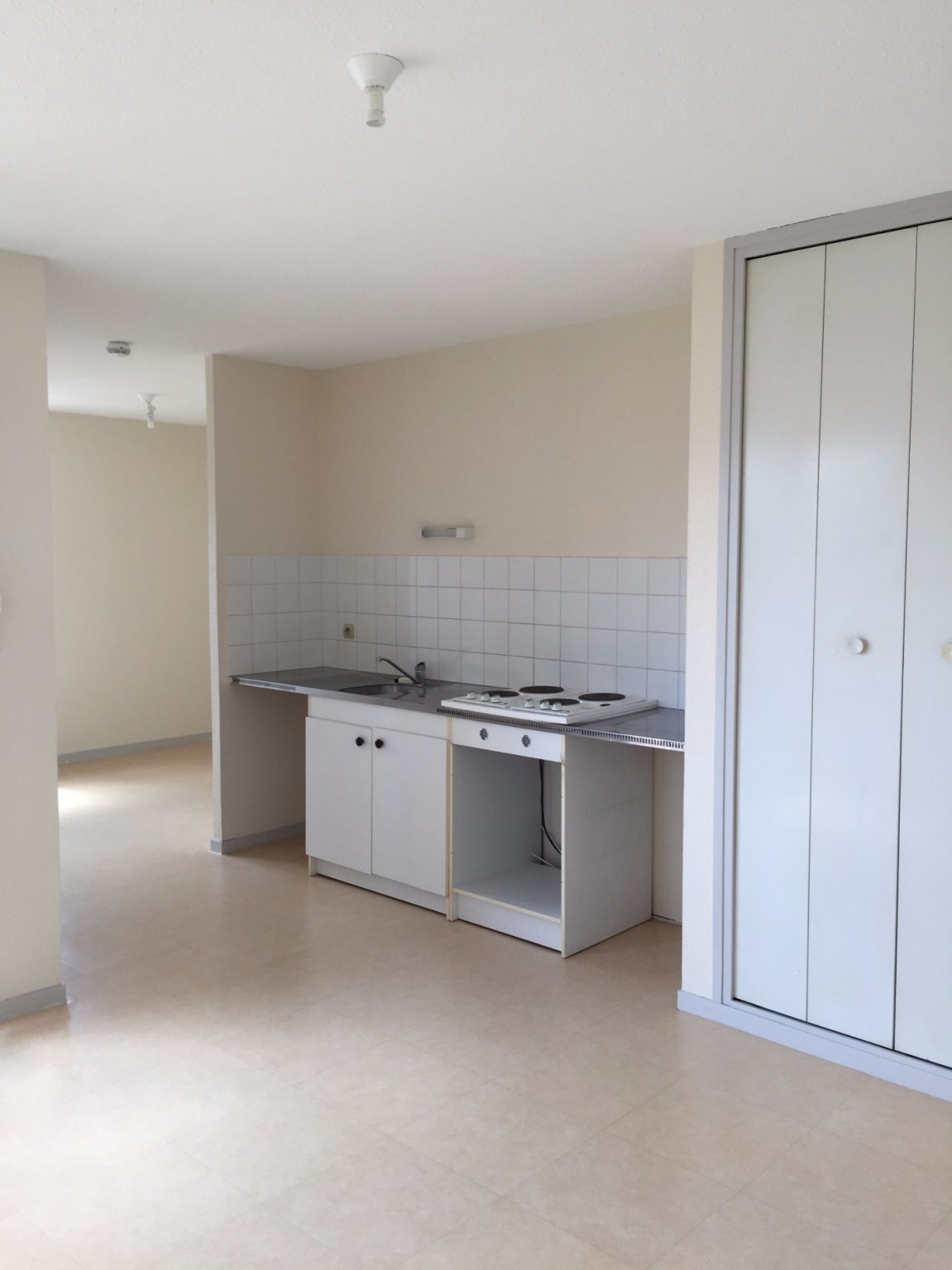 Apartment CARCASSONNE | 300 € / month